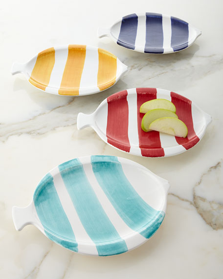 Four fish shaped snack dessert plates for Fish shaped plates