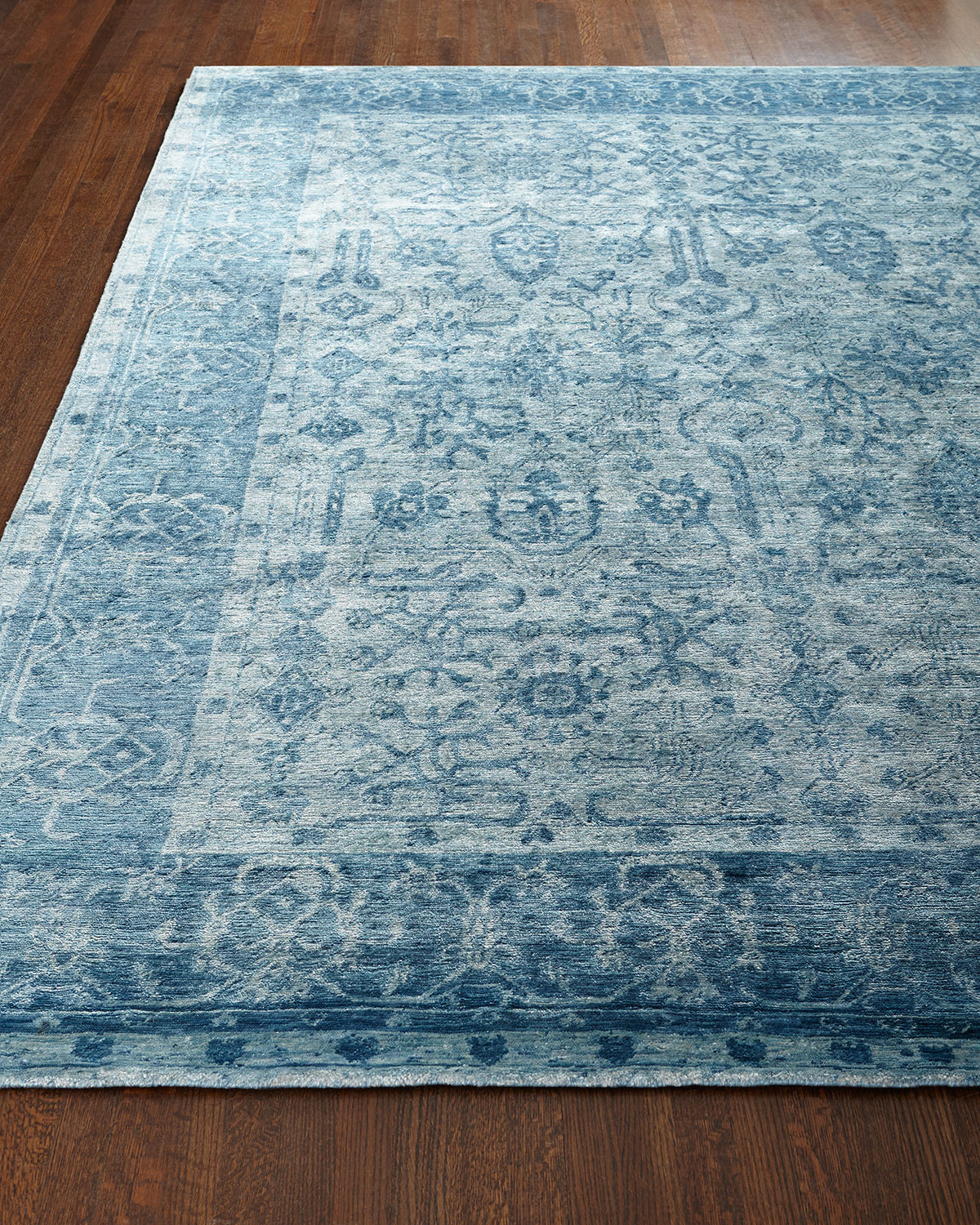 Exquisite Rugs Sweet Blues Hand-Knotted Rug, 6' x 9'