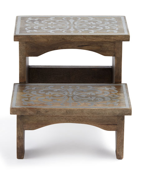 G G Collection Wood & Metal Step Stool