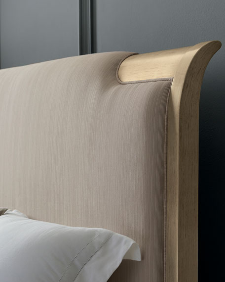 caracole Nite in Shining Armor Queen Bed