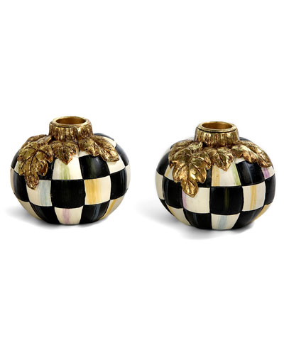 courtly check pumpkin candle