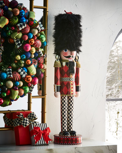 Grand Buckingham Nutcracker