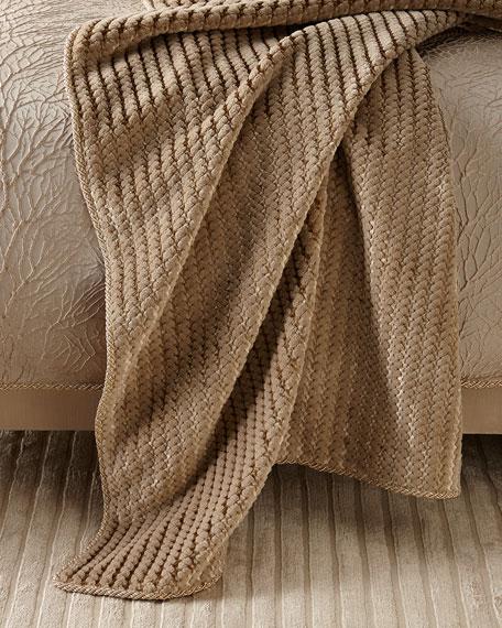 Sweet Dreams Vista Creek Plush Throw Blanket