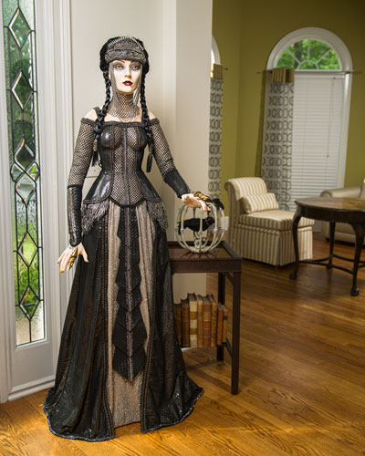 Duchess of Doom Halloween Decoration  64