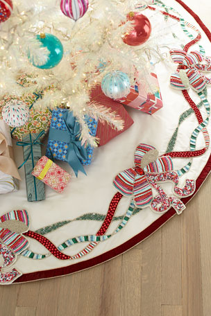 Kim Seybert Sweet Holiday Bow Tree Skirt