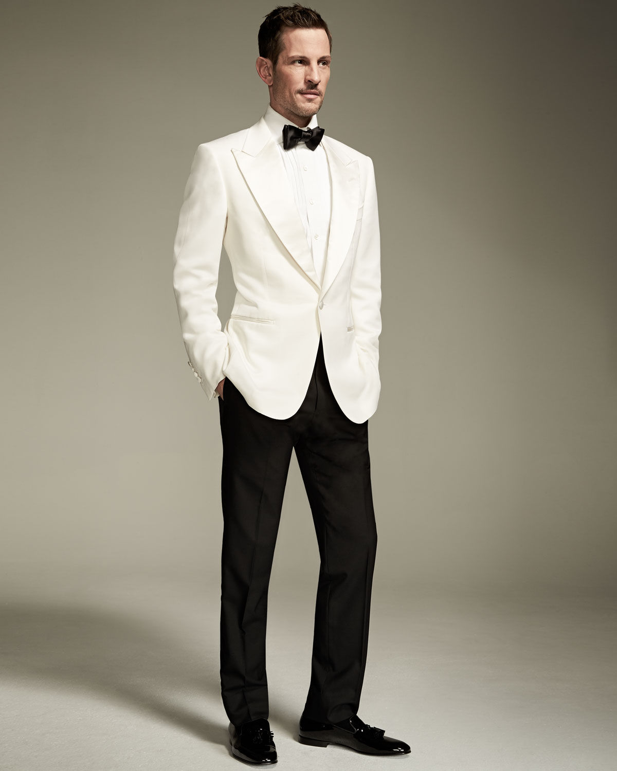 f20c267630a6 TOM FORD Windsor Base Dinner Jacket, White | Neiman Marcus
