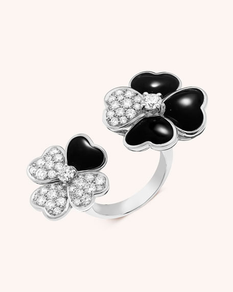 Van Cleef & Arpels Cosmos Between the Finger