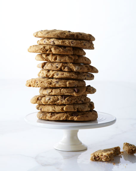 Oversized Chocolate Chip Cookies