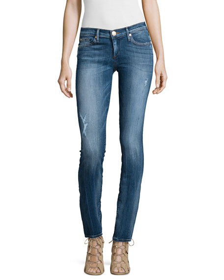 One style of women's skinny jeans that's always recommended are black skinny jeans. Timeless and flattering, our black skinny jeans are the perfect choice when you want to look chic. We have black skinny jeans available in a range of rises, from super high rise to low rise.