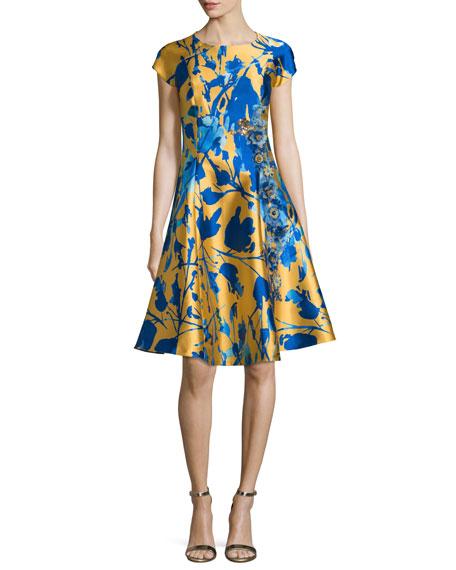 Sachin & Babi Noir Short-Sleeve Floral Jacquard Fit