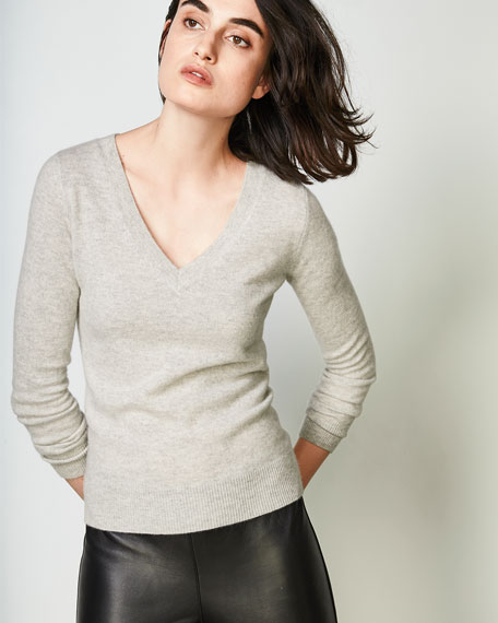 Long-Sleeve V-Neck Cashmere Top
