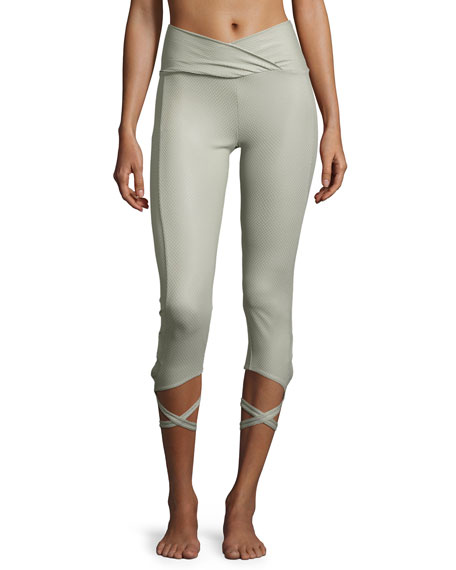 Onzie Ballerina Capri Athletic Leggings, Stone Fishnet