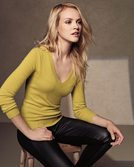 Classic Cashmere V-Neck Sweater