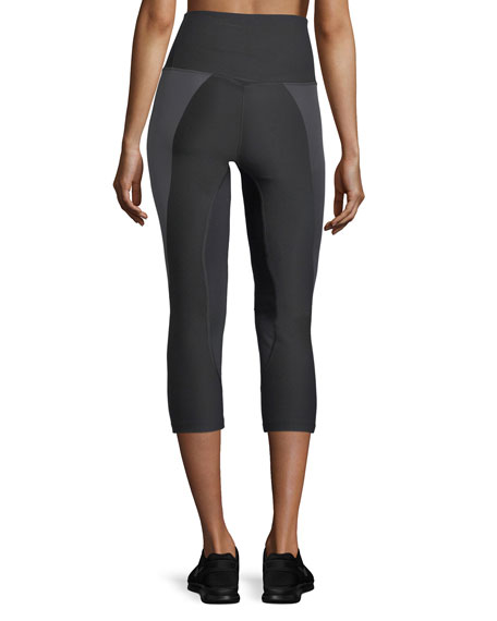 Power Legendary High-Rise Capri Leggings