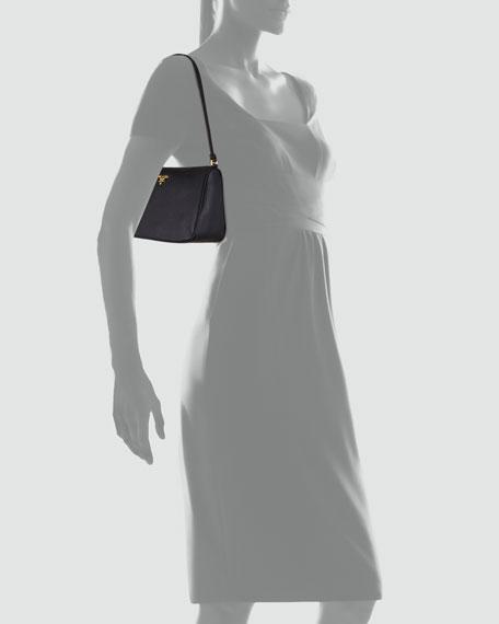 Daino Small Shoulder Bag, Black (Nero)