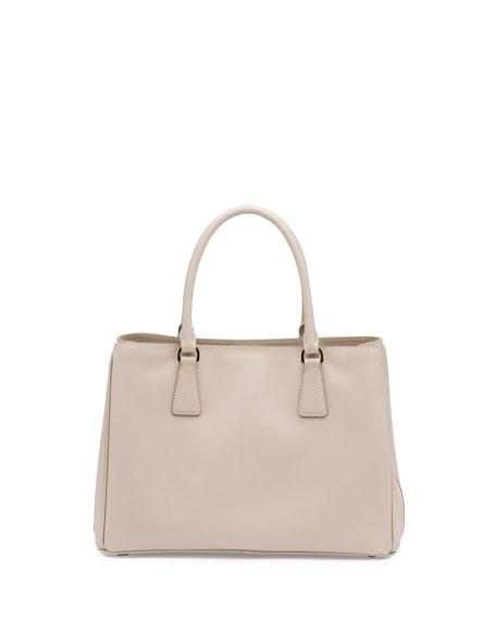 Saffiano Small Gardener's Tote Bag, Light Gray (Pomice)