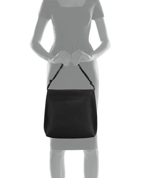 Wander Leather Shoulder Bag