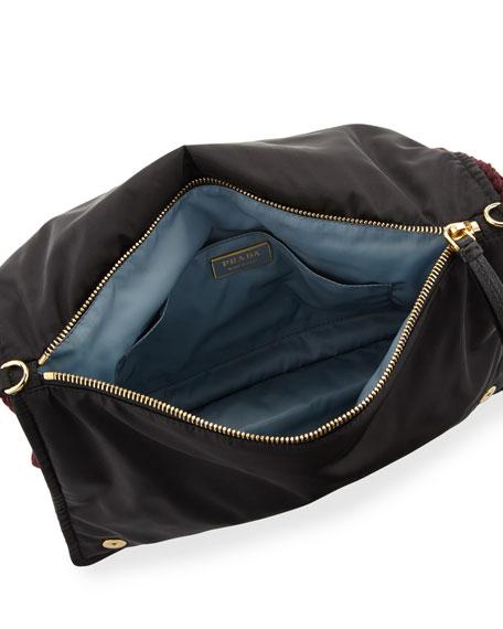 Etiquette Snit Sweater Chain Shoulder Bag