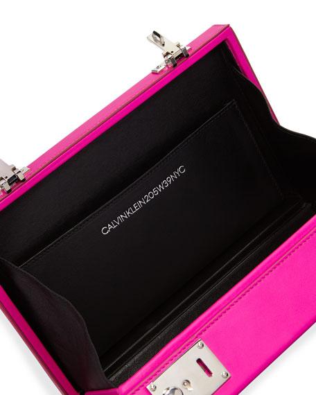 CALVIN KLEIN 205W39NYC The Box Smooth Crossbody Bag