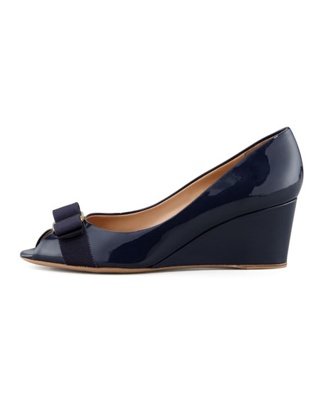 Mid-Wedge Pump, Oxford Blue