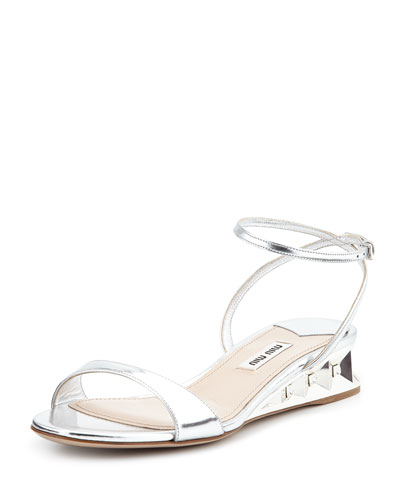 Metallic Patent Jeweled Facet Wedge, Argento