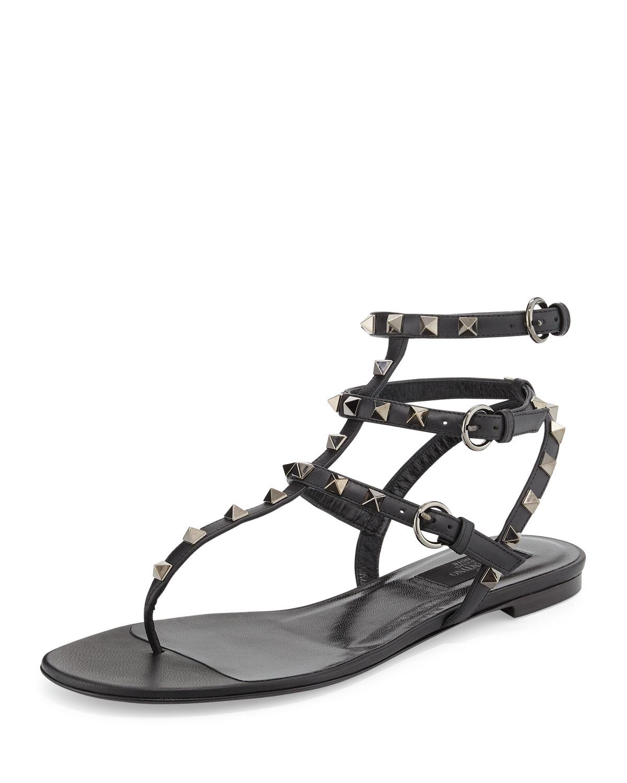 8fb2a80c831 Valentino Garavani Rockstud Noir Flat Thong Sandal