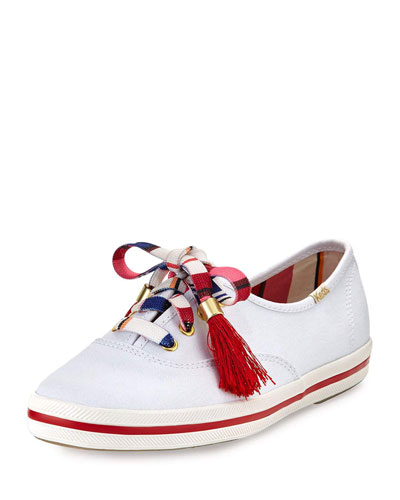 kick sneaker with printed laces, white