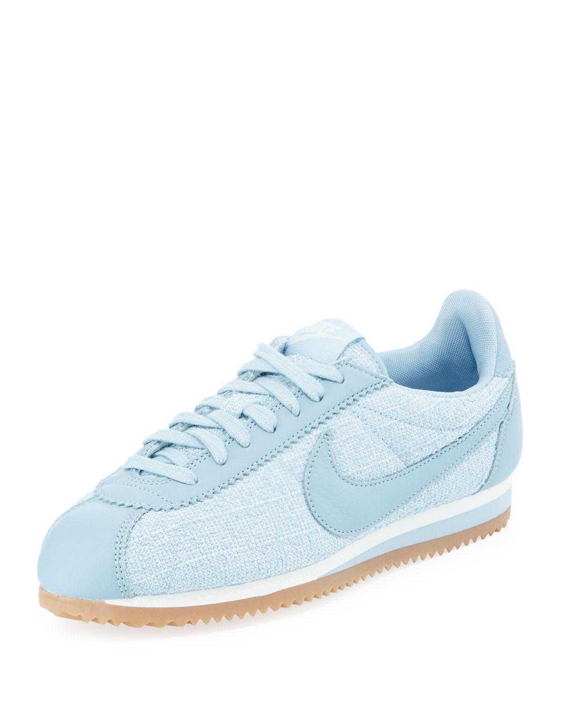 buy popular e6f23 9790c Nike Women s Classic Cortez Sneaker