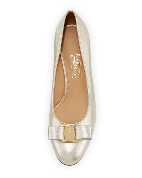 Vara 6 Metallic Vara Bow 30mm Pumps, Sahara