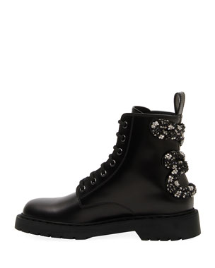 b5b901e7e4e73 Clearance Designer Women's Shoes at Neiman Marcus
