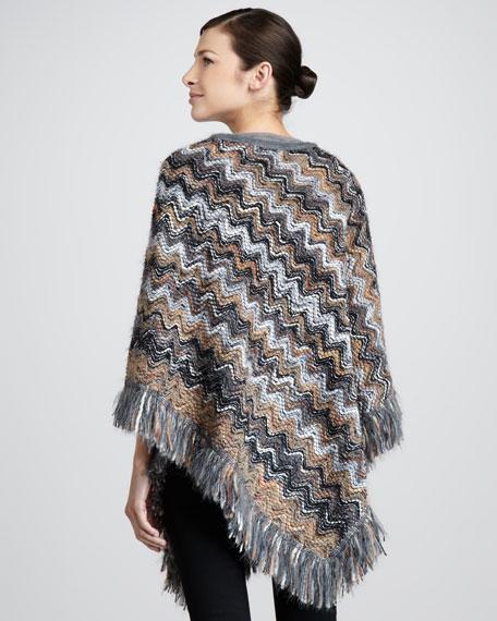 Heavy Yarn Zigzag Poncho