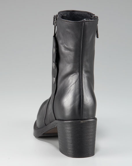 SIDE ZIP SNAP ANKLE BOOT