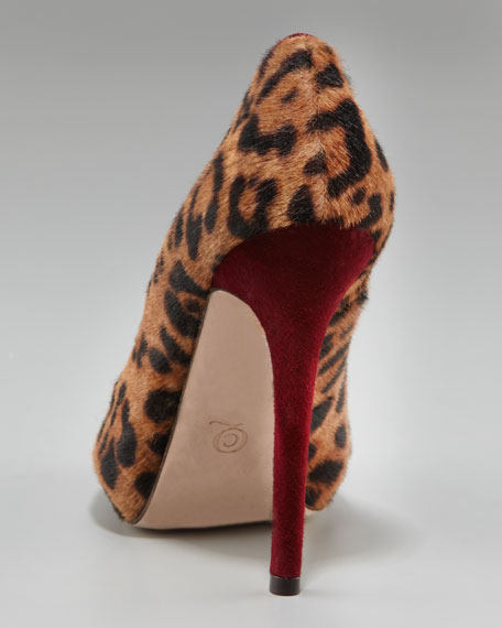 Heart Peep-Toe Pump