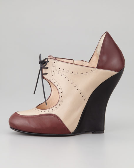 Lace-Up Oxford Wedge