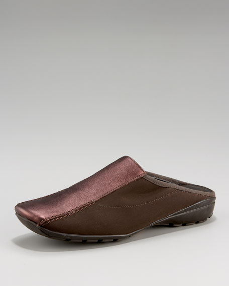 Leather-Panel Stretch Slide
