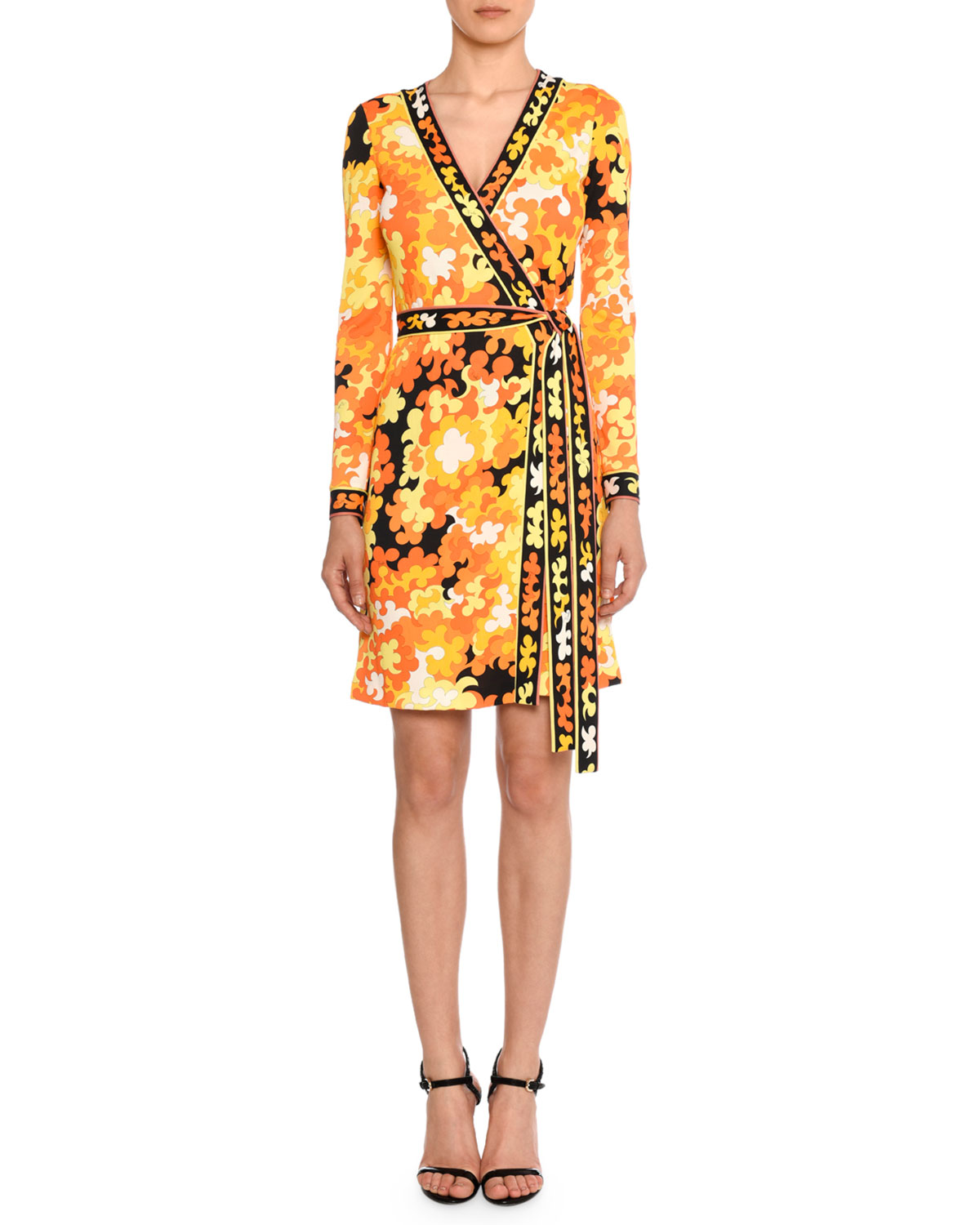 866141096b4f Emilio Pucci Long-Sleeve Hydrangea-Print Silk-Blend Wrap Dress ...