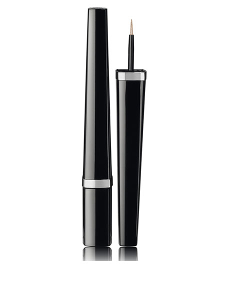 LIGNE GRAPHIQUE DE Liquid Eyeliner Intensity Definition<br>Limited Edition