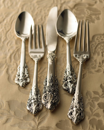 Inger 92 Piece 20th Century Baroque Silver Plated Flatware