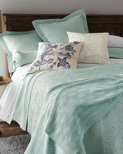 King Hannah Matelasse Coverlet Set