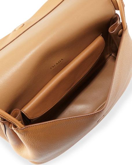Vitello Daino Shoulder Bag
