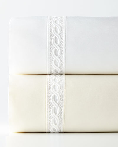 1 020-Thread-Count Lace Sateen Sheets
