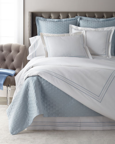 Triad Queen Sheet Set