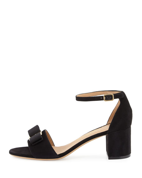 Gavina Bow Suede City Sandal, Nero