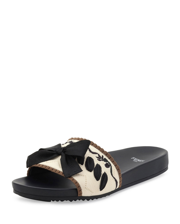 5b8d84dbc00557 Fendi Knit Bow-Tie Slide Sandal