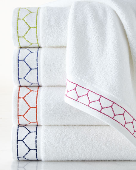 Linah Bath Towel