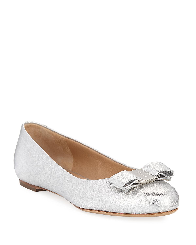c11543f6d34 Salvatore Ferragamo Varina 10 Metallic Vara Bow Ballet Flats ...