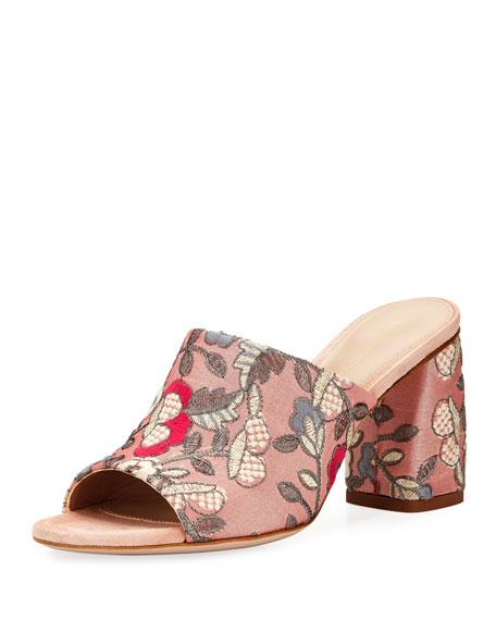 Stuart Weitzman Onevase Embroidered Slide Sandal uEz08UDwEU