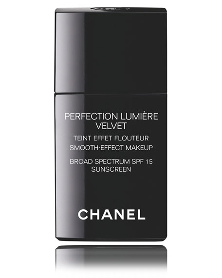 <b>PERFECTION LUMIÈRE VELVET SPF 15 </b><br> Smooth-Effect Makeup Broad Spectrum SPF 15 Sunscreen