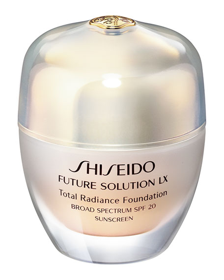 Shiseido Future Solution Lx Total Radiance Foundation SPF