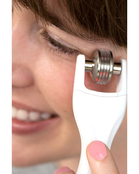 Image 2 of 5: BeautyBio GloPRO® EYE MicroTip™ Attachment Head